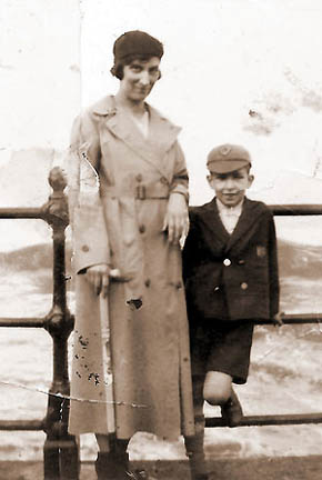 Eric and his mother, Lucy; mid 1930s